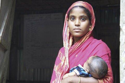En afbrudt barndom: Imødekommer vi de unge mødres behov?
